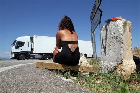 pisos putas girona multas contra la prostituci 243 n de carretera