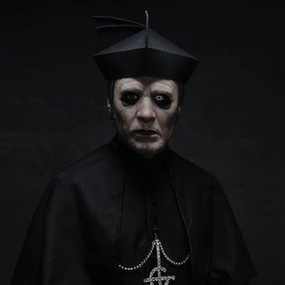 ghost: video dal primo show con cardinal copia