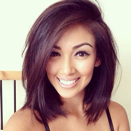 whats the best hair style for a woman with a double chin and round face hairstyles pictures 2015