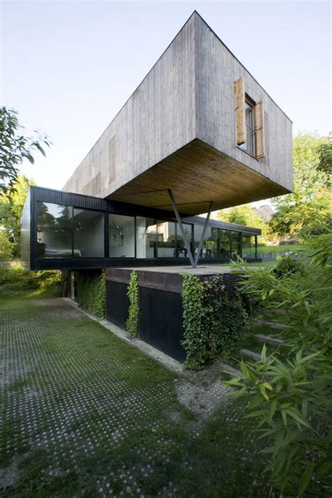 cantilever homes impressive cantilevered family home in sevres
