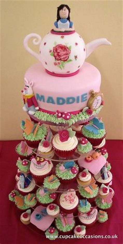 Kain Katun Abbys Flowers coolest in topsy turvy cake mad hatter tea cakes and mad hatters