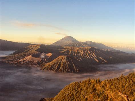 gambar pemandangan panorama alam wisata gunung bromo gambar pemandangan alam