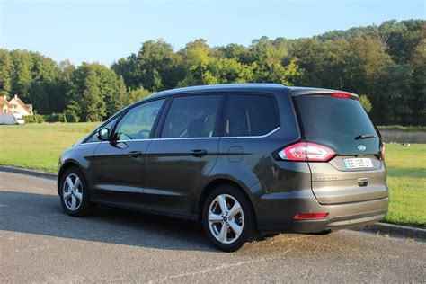 2016 Ford Galaxy by Essai Vid 233 O Ford Galaxy 2016 Le Dinosaure Toujours
