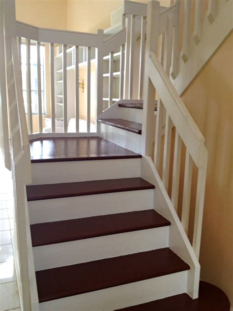 days painted cottage stairs