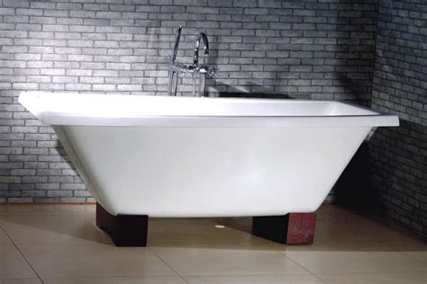 Refinish Cast Iron Bathtub by Freestanding Cast Iron Bathtub Camelot By Intended