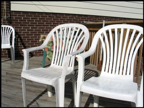 Cleaning Plastic Chairs Outside - cleaning re finishing plastic patio furniture