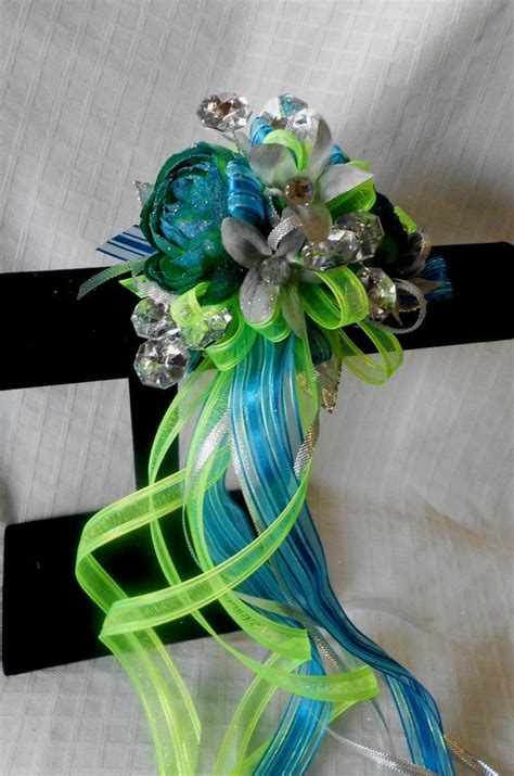 Prom Flowers by 17 Best Images About Corsage Ideas On Corsage