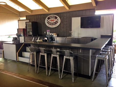High Tops Bar And Grill by Airports Lihue Airport Debuts New Bar In Lobby