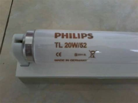 Lu Philips Tl 20w 52 jual lu philips bluelight tl 20w 52 untuk terapi bayi kuning fifa electric