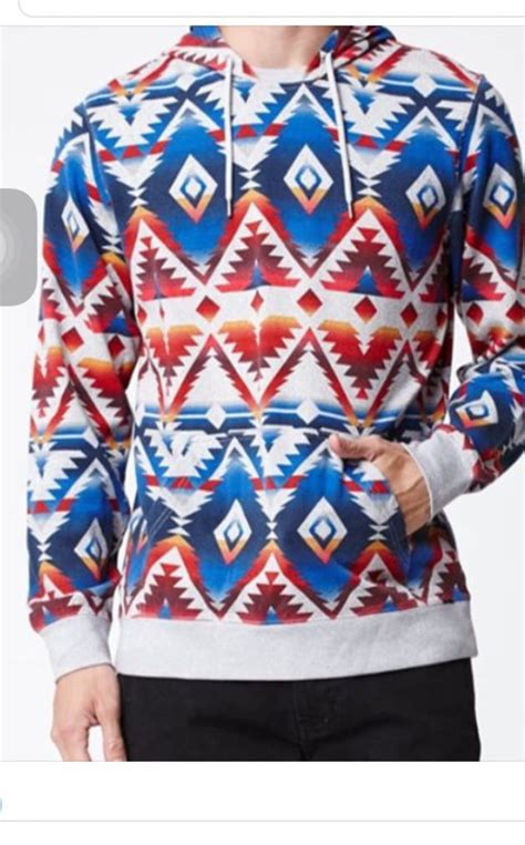 Sweater Jacob Sartorius Nike Hitam on the byas hooded sleeve shirt at pacsun