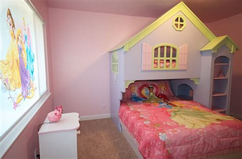 Disney World Princess Themed Rooms by 17 Best Images About Castle House On Disney Cobalt Blue And Elsa
