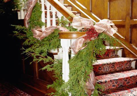 treppenhaus dekorieren treppenhaus weihnachtlich dekorieren