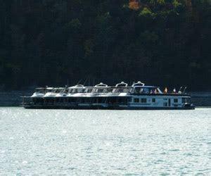 nashville area boat rentals houseboat rentals near nashville lake houseboat rental