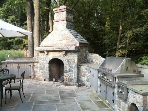 Rumford Outdoor Fireplace by Conte Rumford