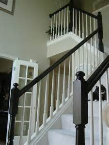 paint my oak railing and base home