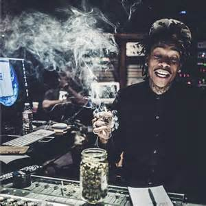 wiz khalifa pure wiz khalifa posts smoking picture after being arrested for