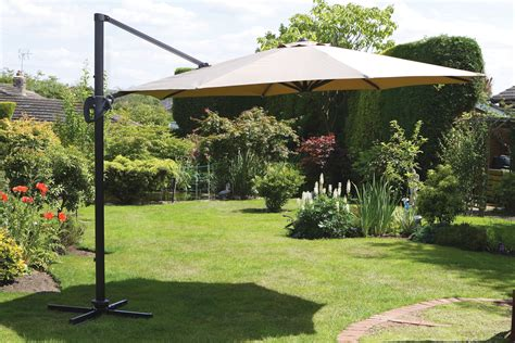 Uk Gardens 3 5m Beige Extra Large Cantilever Hanging Patio Umbrellas Uk