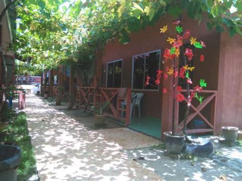 Mora Inn Pangkor Malaysia Asia pangkor inn chalet prices reviews pulau pangkor