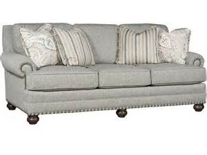 King Hickory Sofas King Hickory Living Room Sofa 7700 Hickory Furniture Mart Hickory Nc