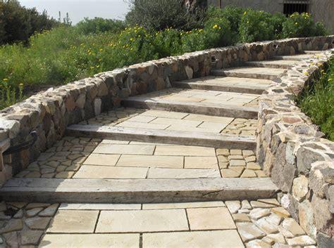 pavimento in pietra per esterno foto pavimento per esterno in pietra quarzite gialla di