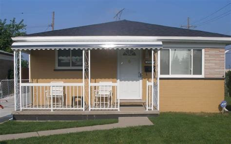 aluminum awning in the front porch using porch awning