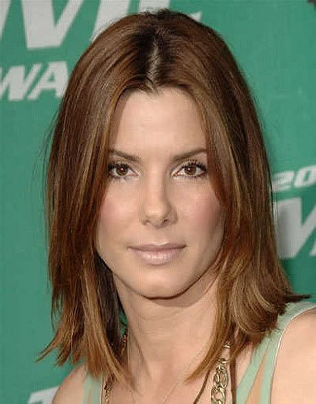 below shoulder simple layered hair style shoulder length haircuts with layers