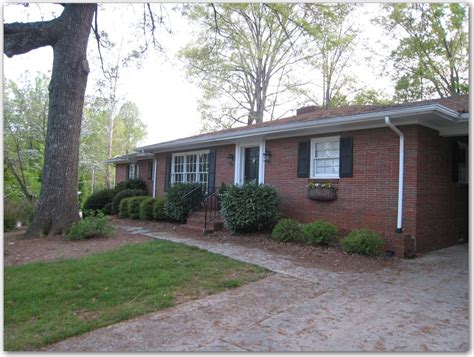 brick ranch house boring brick ranch plain 1950s brick ranch w white trim