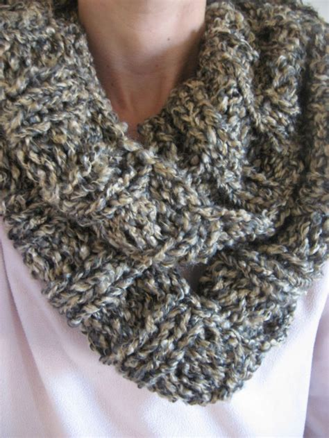 infinity scarf knitting pattern circular needles 17 best images about knitting cowls infinity on