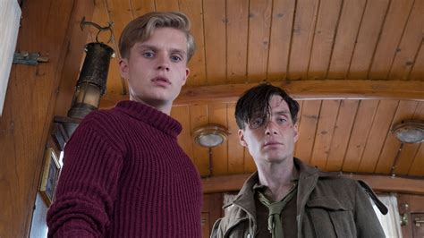 film dunkirk review indonesia dunkirk review tense explosive and nearly perfect