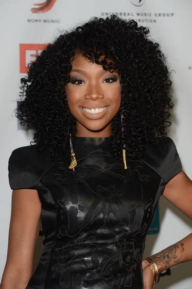 brandy old hair style photos brandy wears tight curly hairstyle the style news network