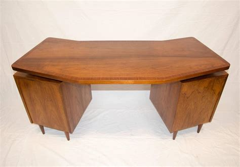 Walnut Desk Top by Midcentury Walnut Curved Desk Floating Top At 1stdibs