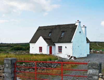 shamrock cottages ireland 2833 best barns and cottages images on