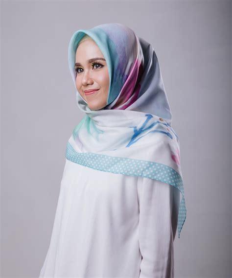 Atasan Dara kekinian 2018 yang digemari para hijabers indonesia dara style indonesia