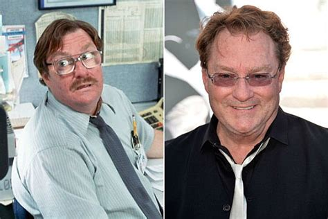 Office Space Move Your Desk See The Cast Of Office Space Then And Now
