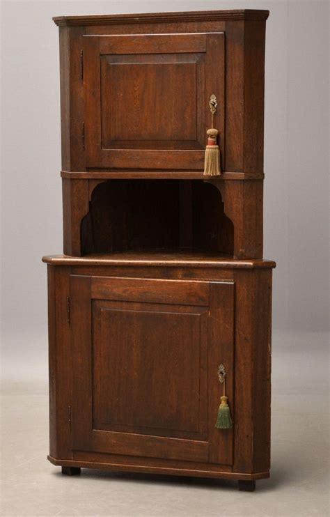 Antique Corner Cupboard For Sale - antique corner cabinet in oak for sale at pamono