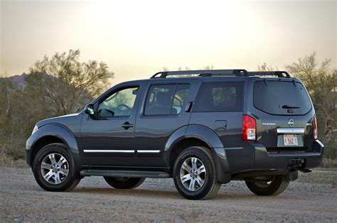 pathfinder nissan 2011 nissan suv and pickup owners experiencing transmission