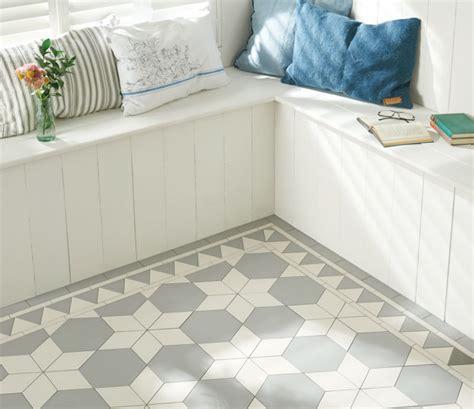 victorian style bathroom floor tiles victorian floor tiles carlisle pattern