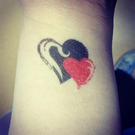 love heart on wrist tattoo 40 tattoos on wrists
