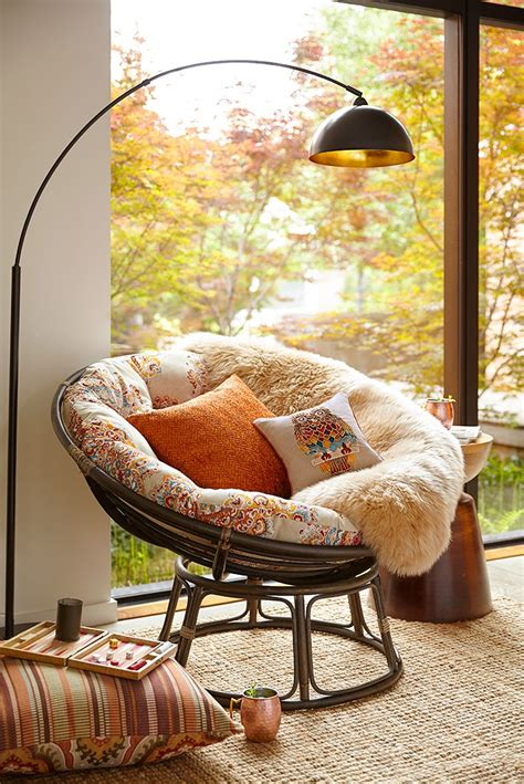papasan chair in living room 25 best ideas about papasan chair on zen room