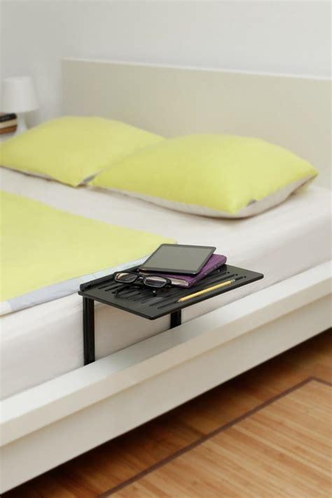 nachttisch zum klemmen nachttisch zum einh 228 ngen praktische schlafzimmerl 246 sung