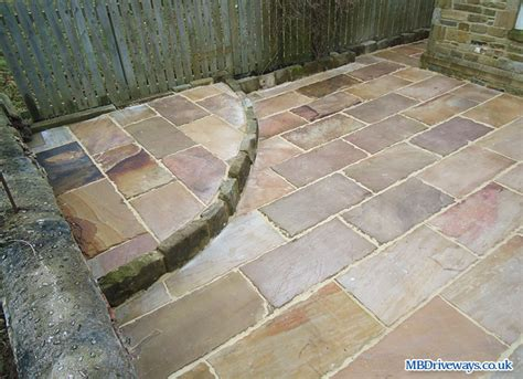 Raised Patio Edging by Block Paving Driveways And Patio Pictures Photo 80