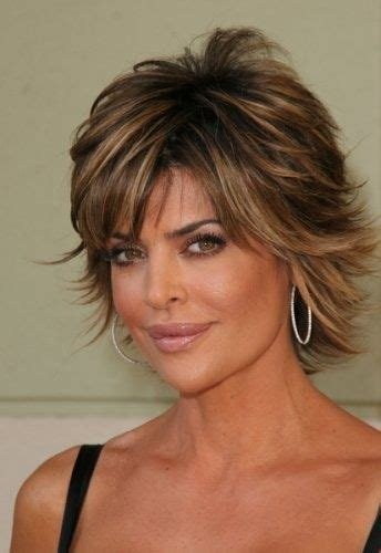 how does lisa rinnsblow dry her hair lisa rinna hairstyle pictures lisa rinna great cut