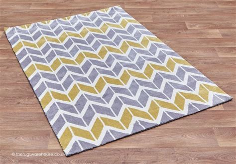 yellow and gray chevron rug 1000 ideas about grey chevron rugs on chevron rugs yellow tile bathrooms and