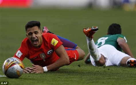 alexis sanchez crying arsenal will spend 163 70m to replace alexis sanchez wenger