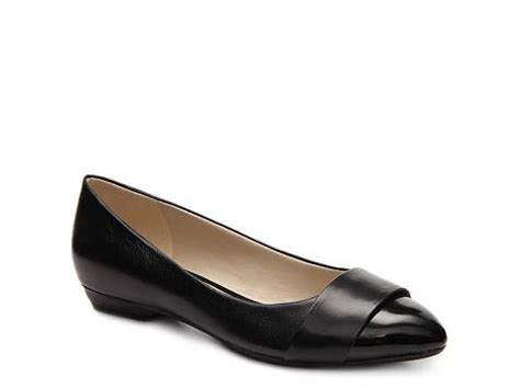 dsw plymouth ma store hours naturalizer flat dsw