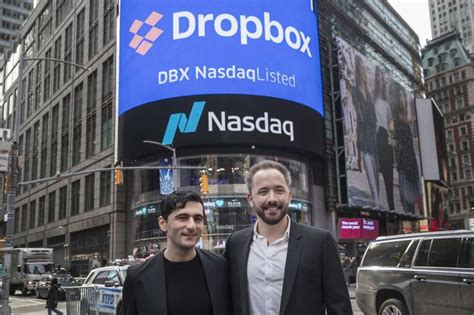 dropbox yorku dropbox shares leap in ipo and silicon valley smiles sfgate
