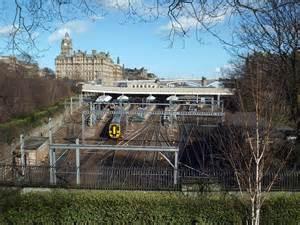 edinburgh waverley station  malc mcdonald geograph