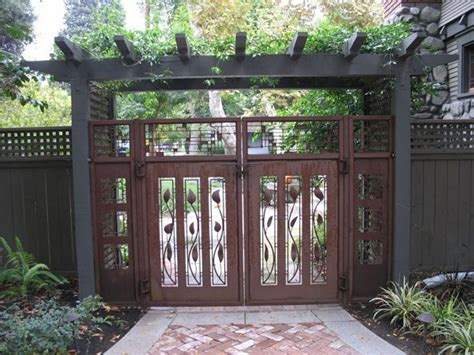 design gates homes images