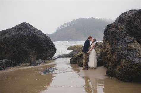 oregon coast elopement laura ryan at indian beach pt 1