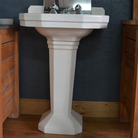 evier sur pied lavabo ancien sur pied couleur blanc bca mat 233 riaux anciens